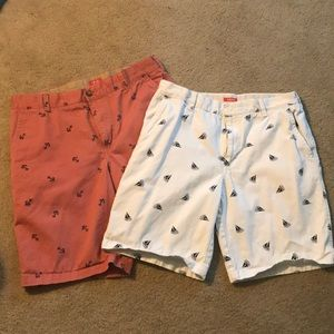 2 pairs of men's Izod size 34 beach day shorts!
